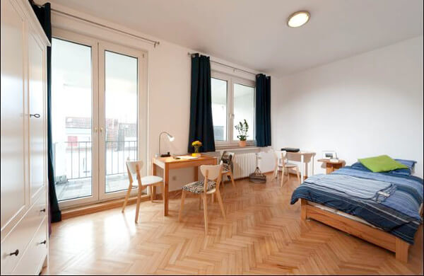 Appartement, Ecole d'allemand CASA Bremen
